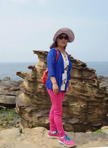 奇岩石105.5.8 (2).jpg