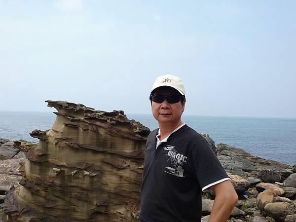 奇岩石105.5.8 (4).jpg