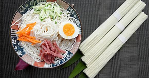 cold noodle 580.jpg