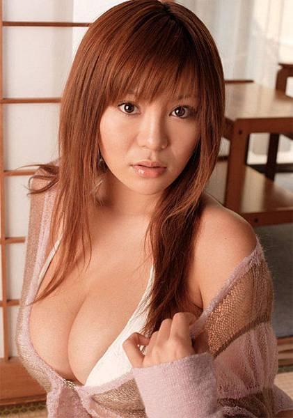 Yoko Matsugane (34)