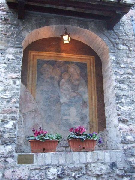 Assisi是個信仰很虔誠的地方