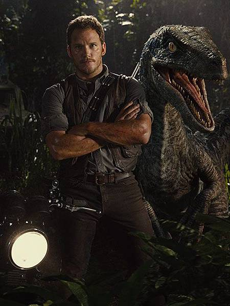 chris-pratt-and-his-raptor-friend-for-jurassic-world.jpg