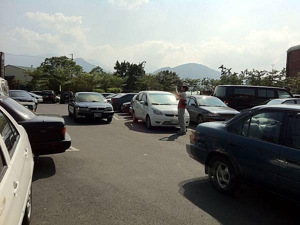 還有專屬停車場@@