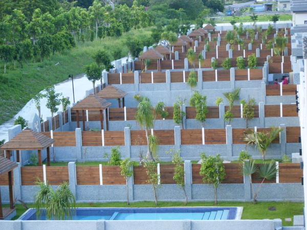 每棟villa有自己的游泳池