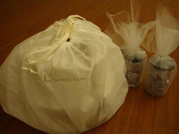 什麼喜餅有防塵袋保護?!