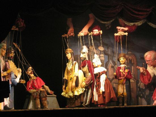 Natilonal Marionette Theater4