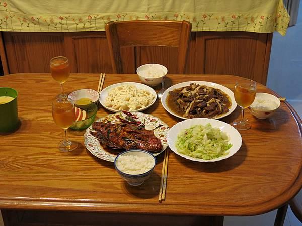 5774新年晚餐