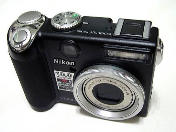 接班人: Nikon Coolpix P5000
