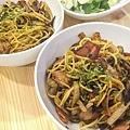培根蘑菇洋蔥義大利麵
