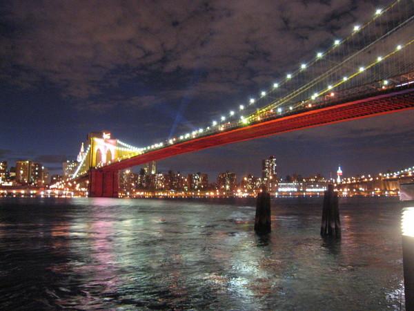 布魯克林橋IN THE NIGHT