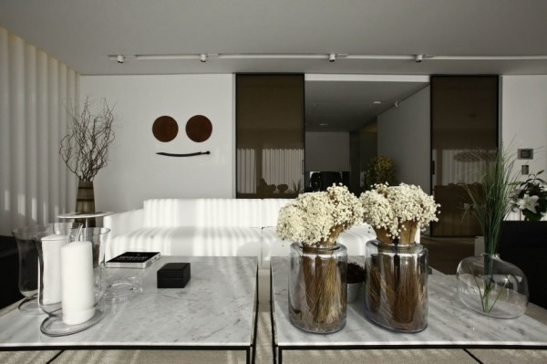 living-room-natural-elements-2-600x399.jpg