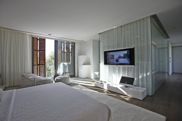 natural-bedroom-lighting-30-600x399.jpg