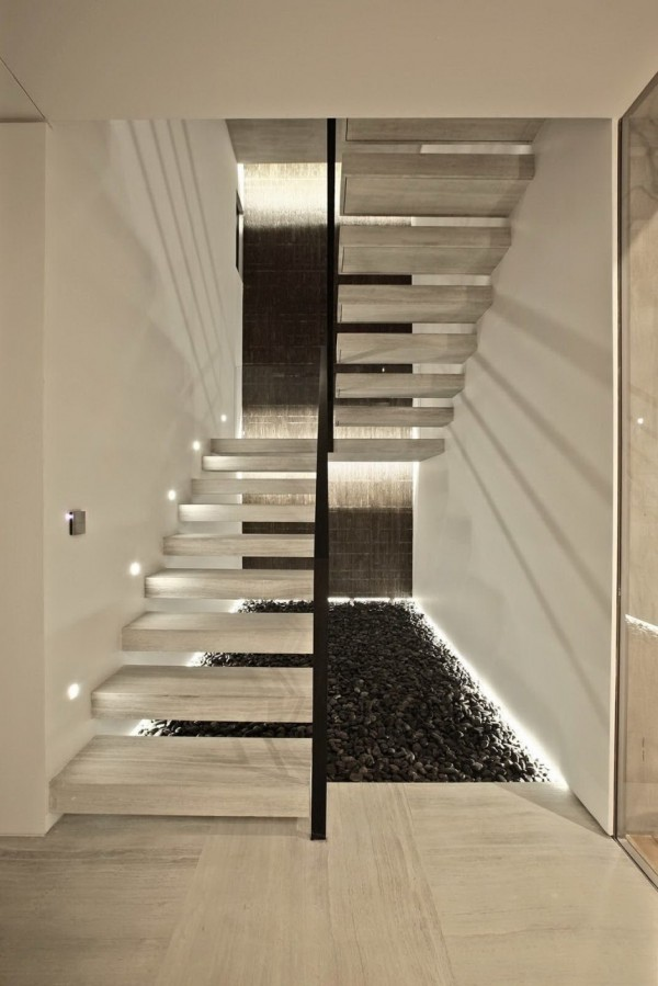 natural-stone-staircase-12-600x899.jpg
