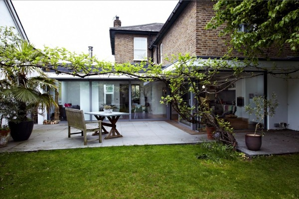 back-of-glass-extension-home-30-600x400.jpg