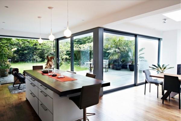 glass-extension-kitchen-space-1-600x400.jpg