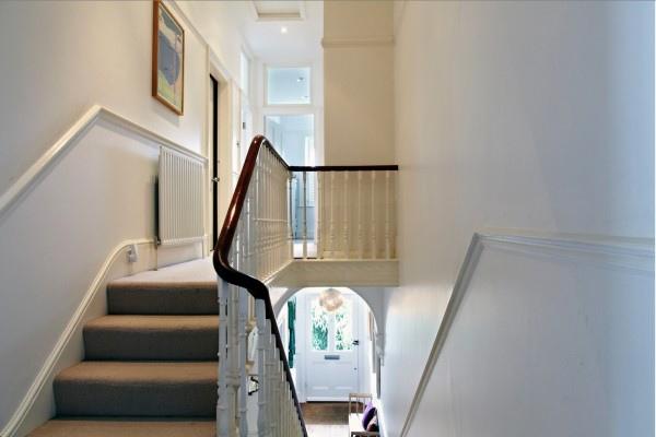 open-staircase-23-600x400.jpg