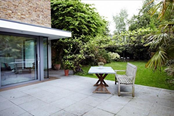 outside-patio-space-29-600x400.jpg