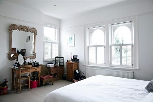 walnut-furniture-white-bedroom-25-600x400.jpg