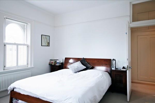 white-bedroom-space-24-600x400.jpg