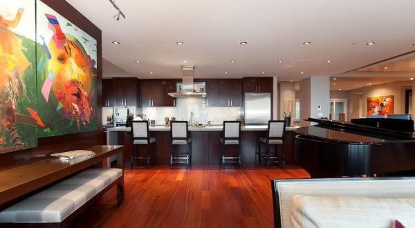 penthouse-kitchen-600x330.jpg