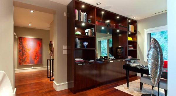 penthouse-modern-office-600x330.jpg