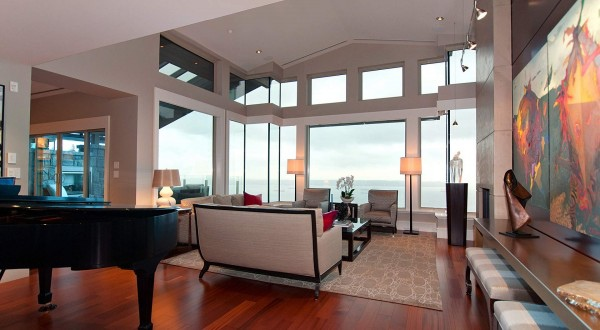 penthouse-occassional-space-600x330.jpg