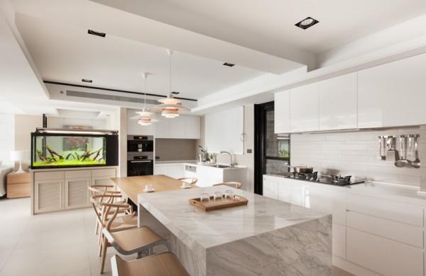 marble-kitchen-bar-600x390.jpg