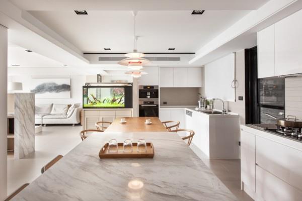 open-white-kitchen-600x400.jpg