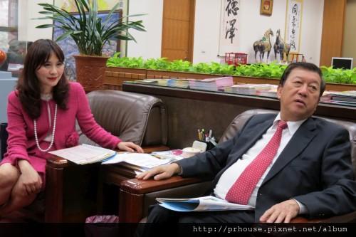 [竹北] 2013新竹國際建築年:鄭秀勳(左)與邱鏡淳
