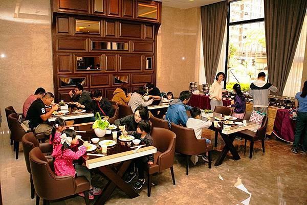 [竹北高鐵]聚合發建設-湛泰 20170524-01.JPG