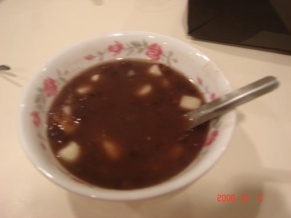 龍都冰果的紅豆湯圓