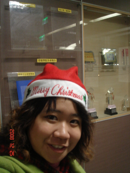 聖誕節就是要戴聖誕帽