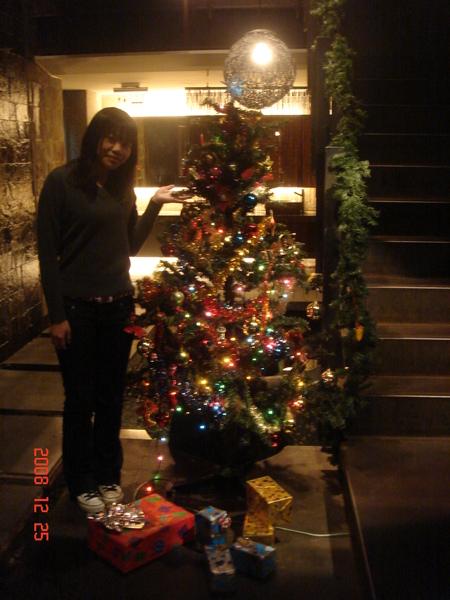 聚店裡的聖誕樹