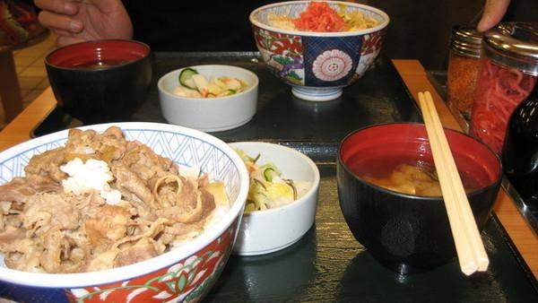 在日本吃的第一餐
