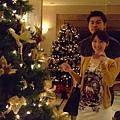 哈哈~這邊也有聖誕樹!!
