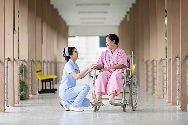 hospital-1822460_1920.jpg