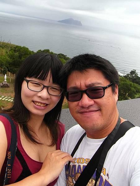 有拍到龜山島說!上面一塊小小的