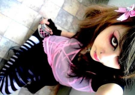 ptite_princess_punk-vip-blog-com-845749292224_EN6E8KIN7QXI2X3Y67PB4UJOLVFAIK_emocute_H103756_L.jpg