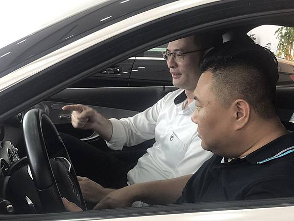 賓士 C300 2015 AMG 台總汽車
