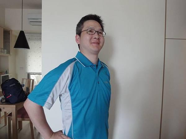 姿勢藍1.JPG