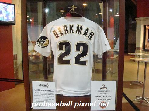 Berkman 1st MLB jersey.JPG