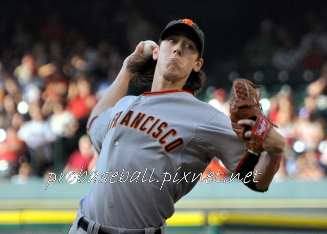 Lincecum pitching-3.jpg