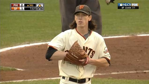 2010 NLCS G5 Lincecum after error by Huff.jpg