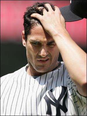 Carl Pavano Yankees.jpg