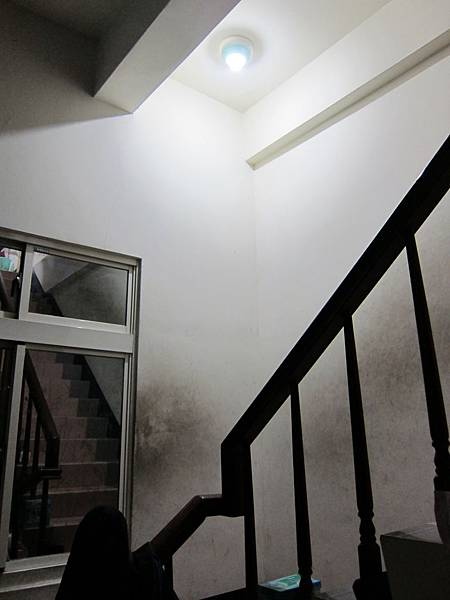 樓梯轉角9W