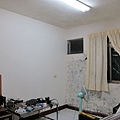 住宅頂樓 山型燈雙管 + 燈管一黃一白