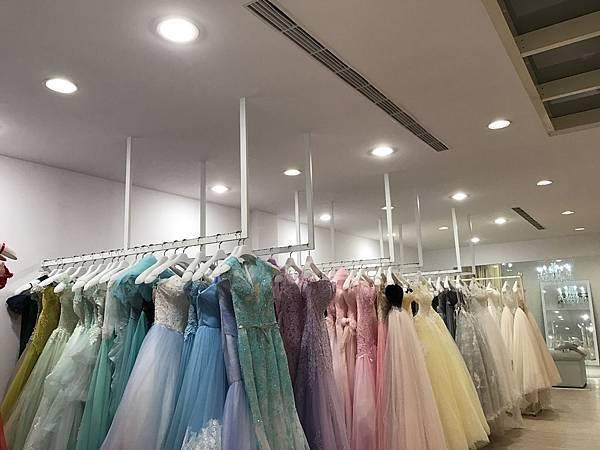桃園婚紗公司12瓦LED崁燈歐司朗光源