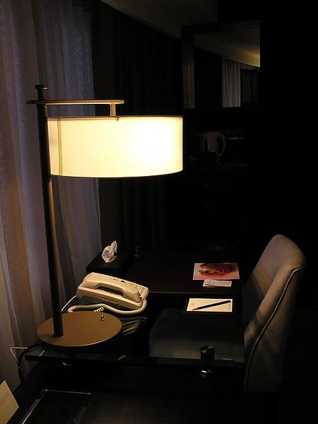 香格里拉 - 書桌
