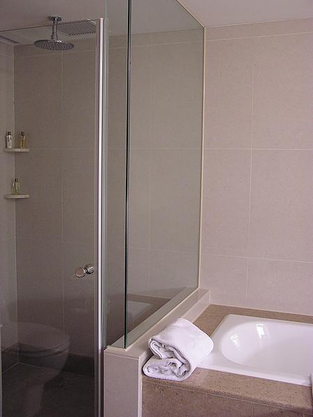 香格里拉 - 淋浴間