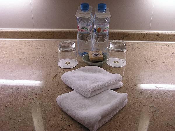 香格里拉 - 洗臉檯備品
